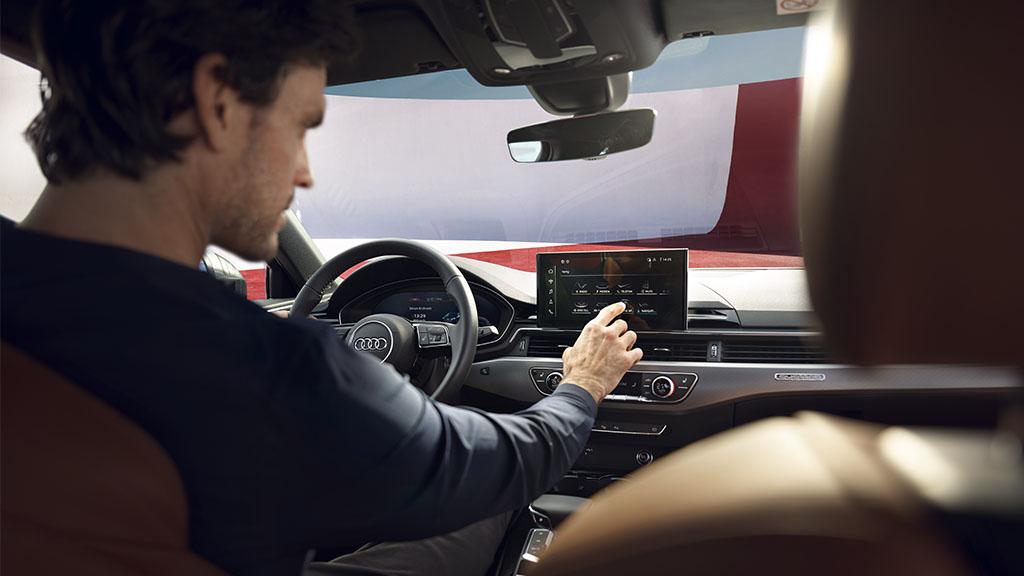 Новый Audi A4 в Гомеле салон 2020 1