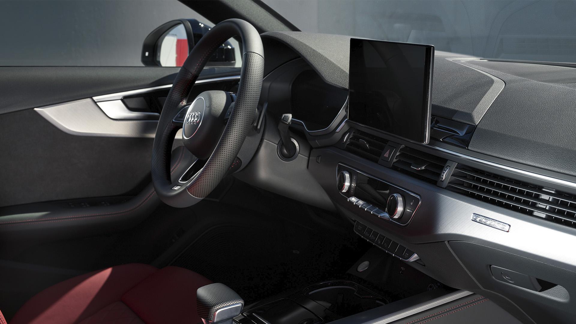 Новый Audi A4 avant в Гомеле слайд 1